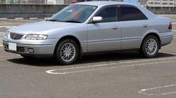 Mazda Capella sedan 1997 1.jpg