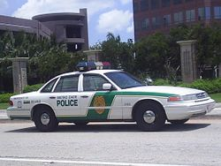 1995-97 Ford Crown Victoria Police Interceptor (Miami-Dade Police)