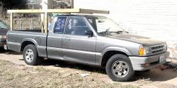1986 Mazda B2000 extended cab